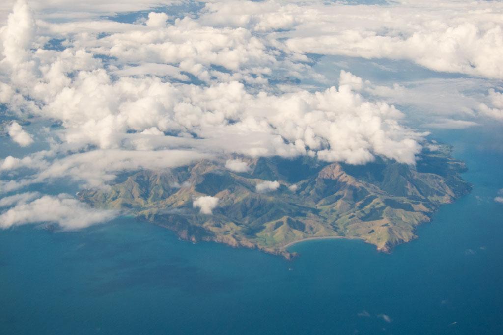 Blick aus Flugzeug auf Neuseeland – Auf Reisen gehen | SOMEWHERE ELSE