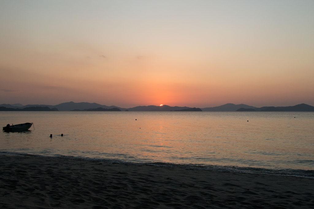 Sonnenuntergang auf Palawan – Philippinische Kueche entdecken | SOMEWHERE ELSE