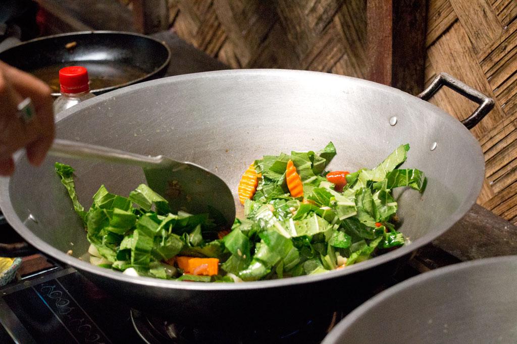 Kochen im Wok auf Palawan – Philippinische Kueche | SOMEWHERE ELSE