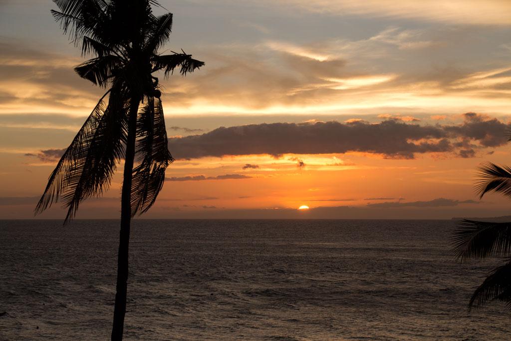 Sonnenuntergang auf Apo Island – Endlich Tauchen lernen |SOMEWHERE ELSE