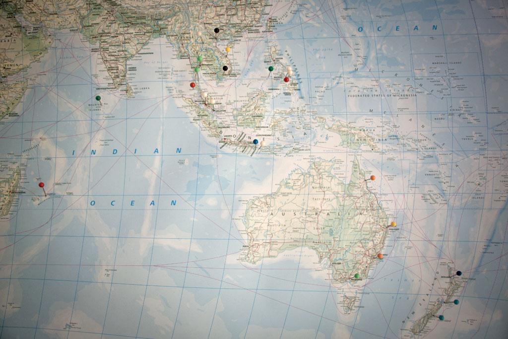 Planung mit Weltkarte – Weltreise zu zweit | SOMEWHERE ELSE