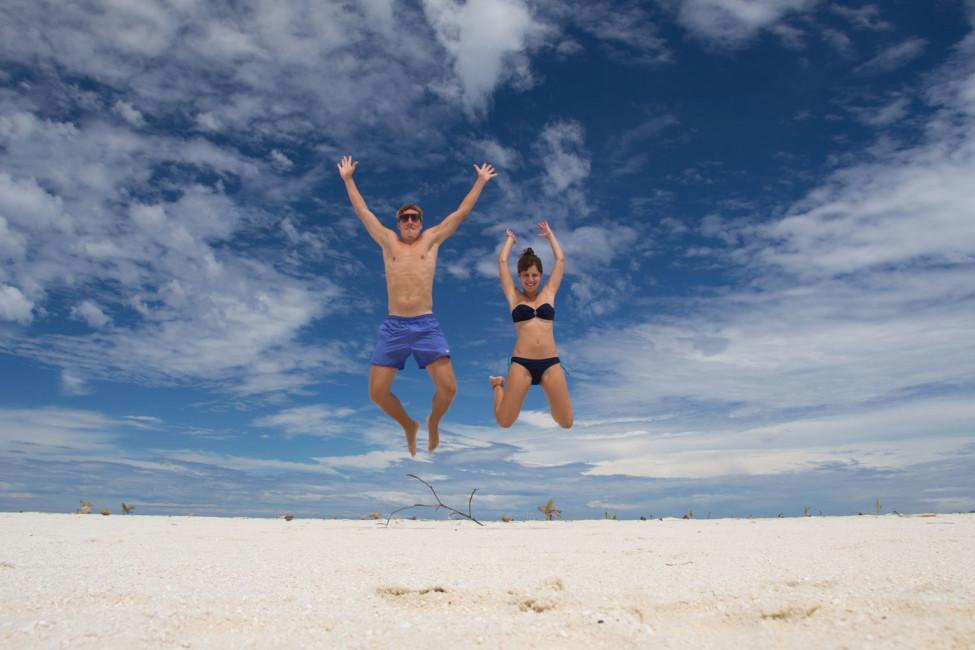Sprung Aitutaki – Weltreise zu zweit | SOMEWHERE ELSE