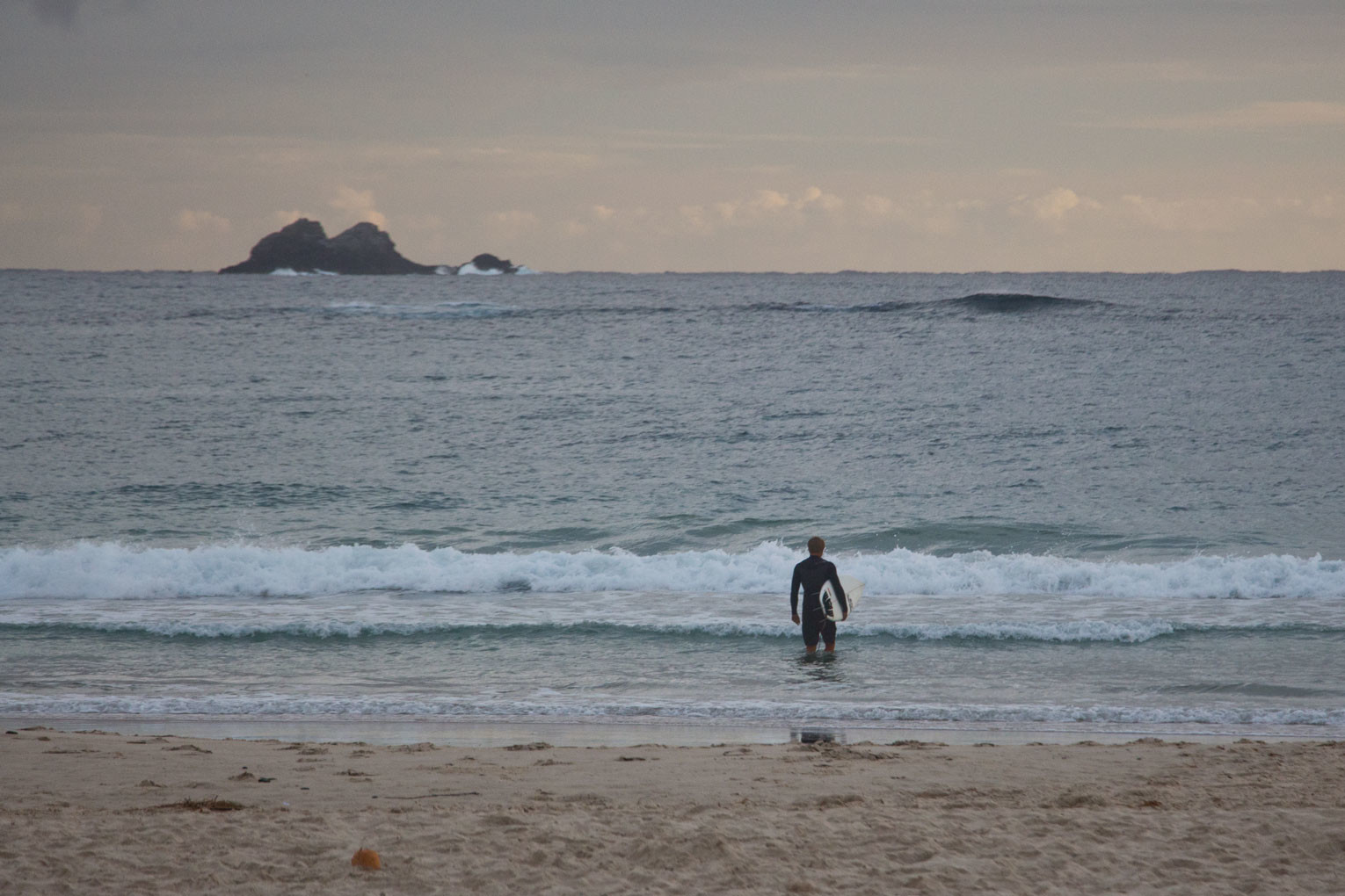 Surfen Sehnsucht nach Sommer – Byron Bay am Morgen | SOMEWHERE ELSE
