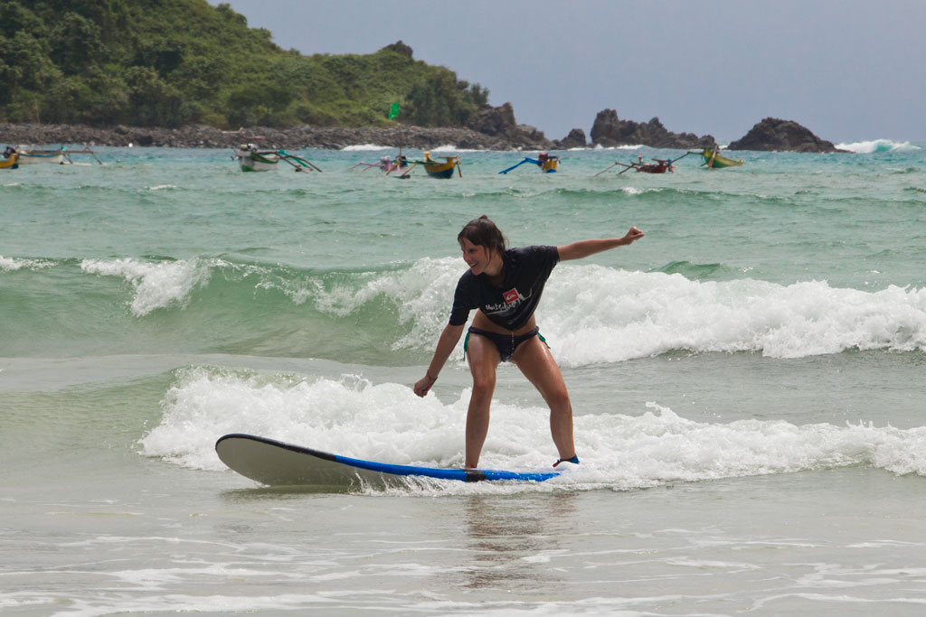 Surfen Sehnsucht nach Sommer – Lombok Surfstunde | SOMEWHERE ELSE