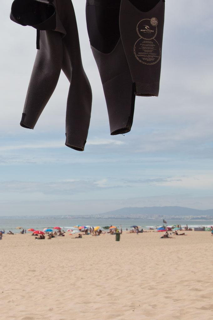 Surfen Sehnsucht nach Sommer – Am Strand von Caprioca Portugal | SOMEWHERE ELSE