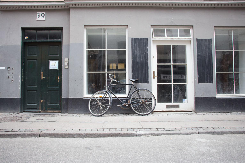 Kopenhagen entdecken in drei Tagen – Strasse Haus Fahrrad | SOMEWHERE ELSE