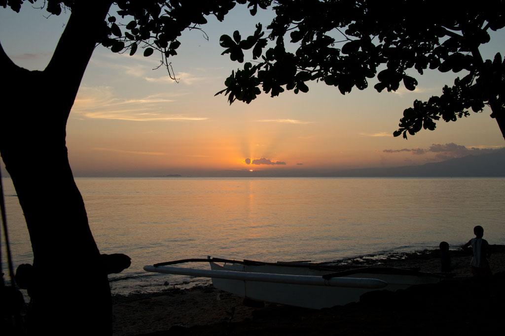 Sonnenuntergang auf Siquijor   SOMEWHERE ELSE