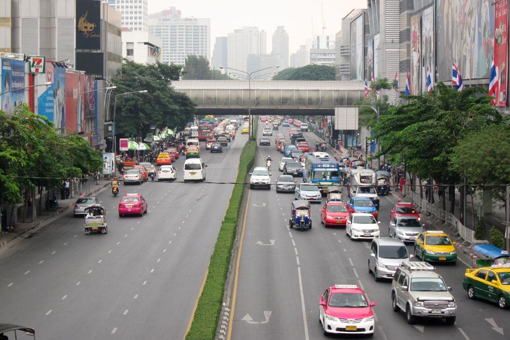 Erste Thailand Route – Verkehr in Bangkok   SOMEWHERE ELSE