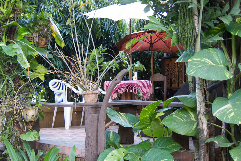 Erste Thailand Route – Guesthouse in Chiang Khong | SOMEWHERE ELSE