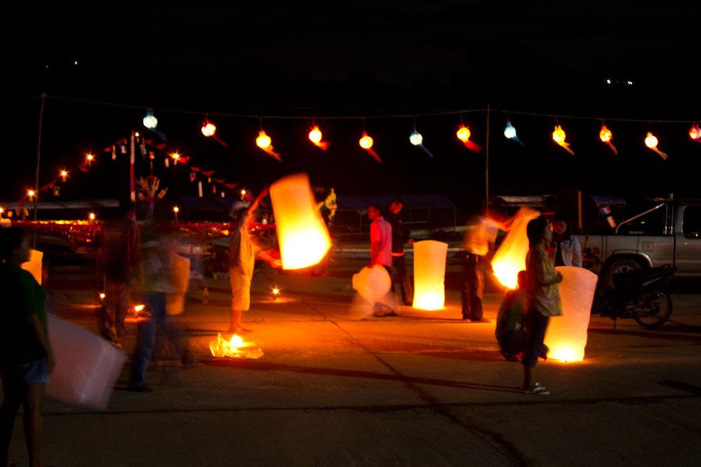 Erste Thailand Route – Lichterfest in Chiang Khong   SOMEWHERE ELSE