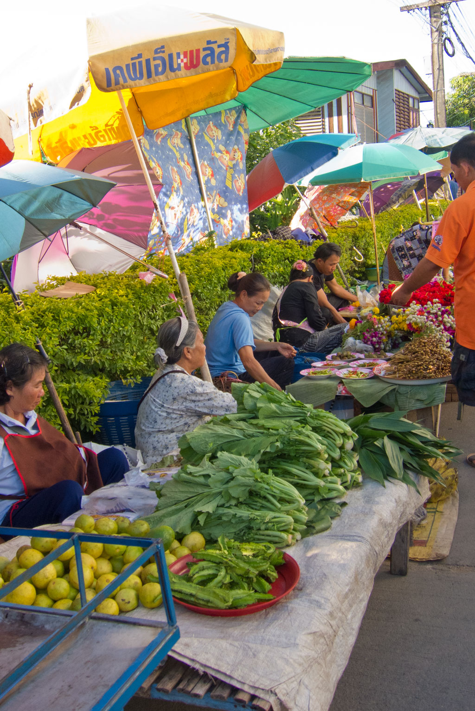 Erste Thailand Route – Markt in Chiang Khong   SOMEWHERE ELSE