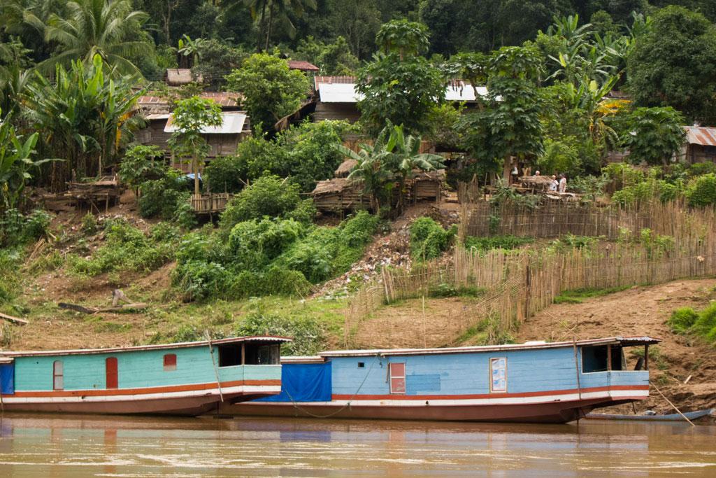 Zeit zum Nachdenken – Ein Dorf am Mekong | SOMEWHERE ELSE
