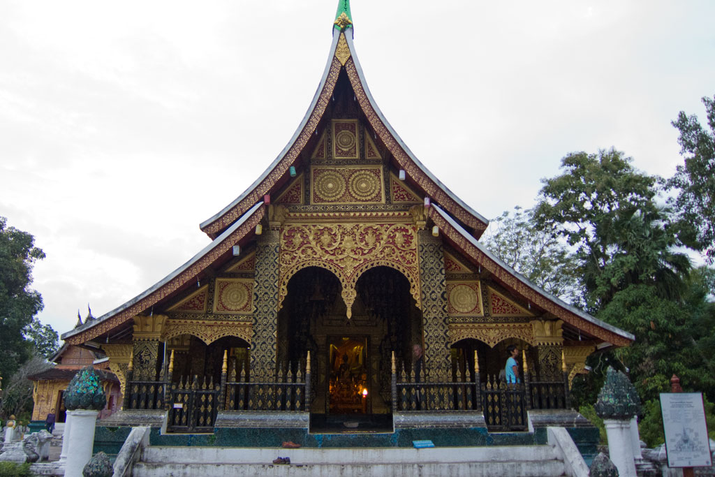 Luang Prabang – Tempel Wat Xieng Thong | SOMEWHERE ELSE