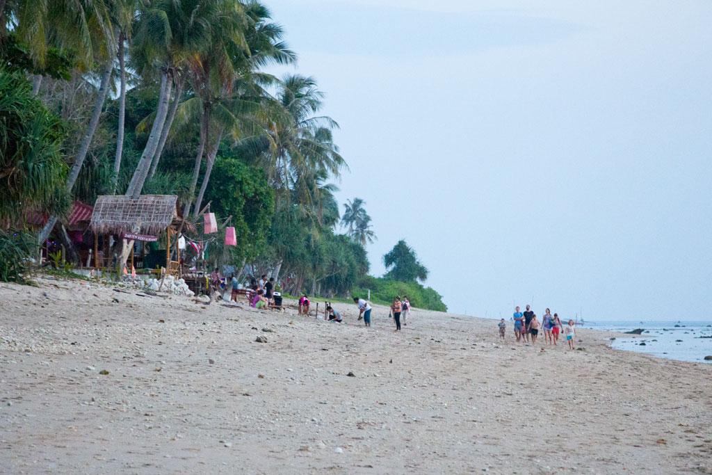 Strand auf Ko Lanta – Thailändische Inseln | SOMEWHERE ELSE