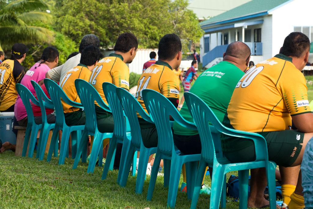 Aitutaki Lagoon Cruise – Rugbymannschaft   SOMEWHERE ELSE