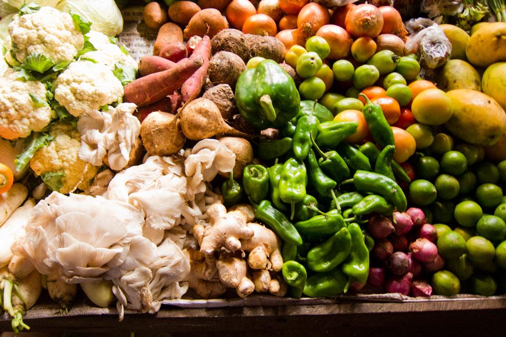 Leben in Kambodscha – Gemüse auf dem Markt | SOMEWHERE ELSE