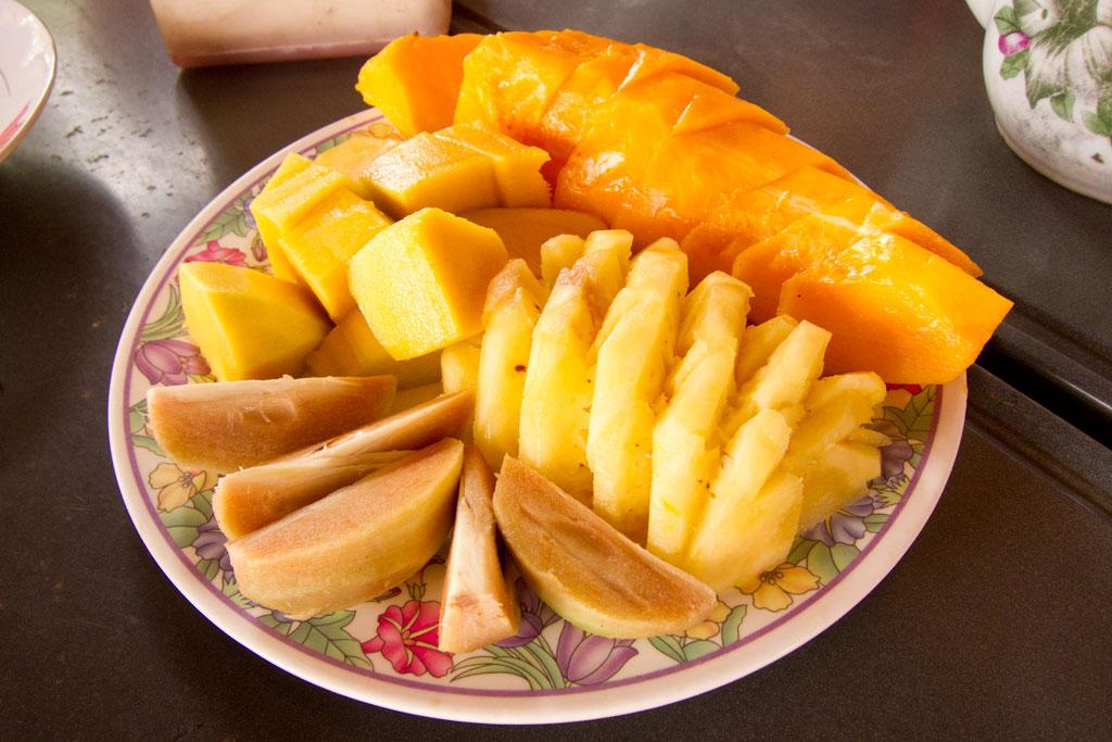 Leben in Kambodscha – Obst auf dem Markt | SOMEWHERE ELSE