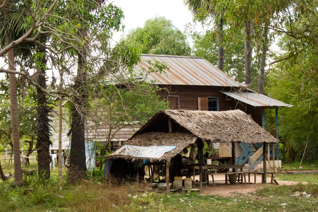Leben in Kambodscha – Typisches Haus | SOMEWHERE ELSE