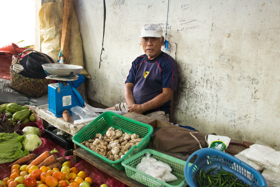 Märkte auf den Philippinen – Marktverkäufer in Luay auf Bohol | SOMEWHERE ELSE