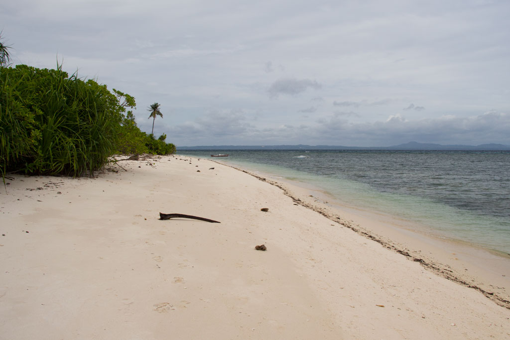 Pamilacan Island – einsamer Sandstrand | SOMEWHERE ELSE
