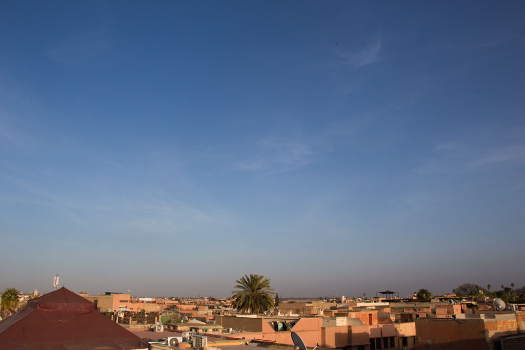 Marokko Trip – Marrakesch Riad – Blick von Dachterrasse | SOMEWHERE ELSE