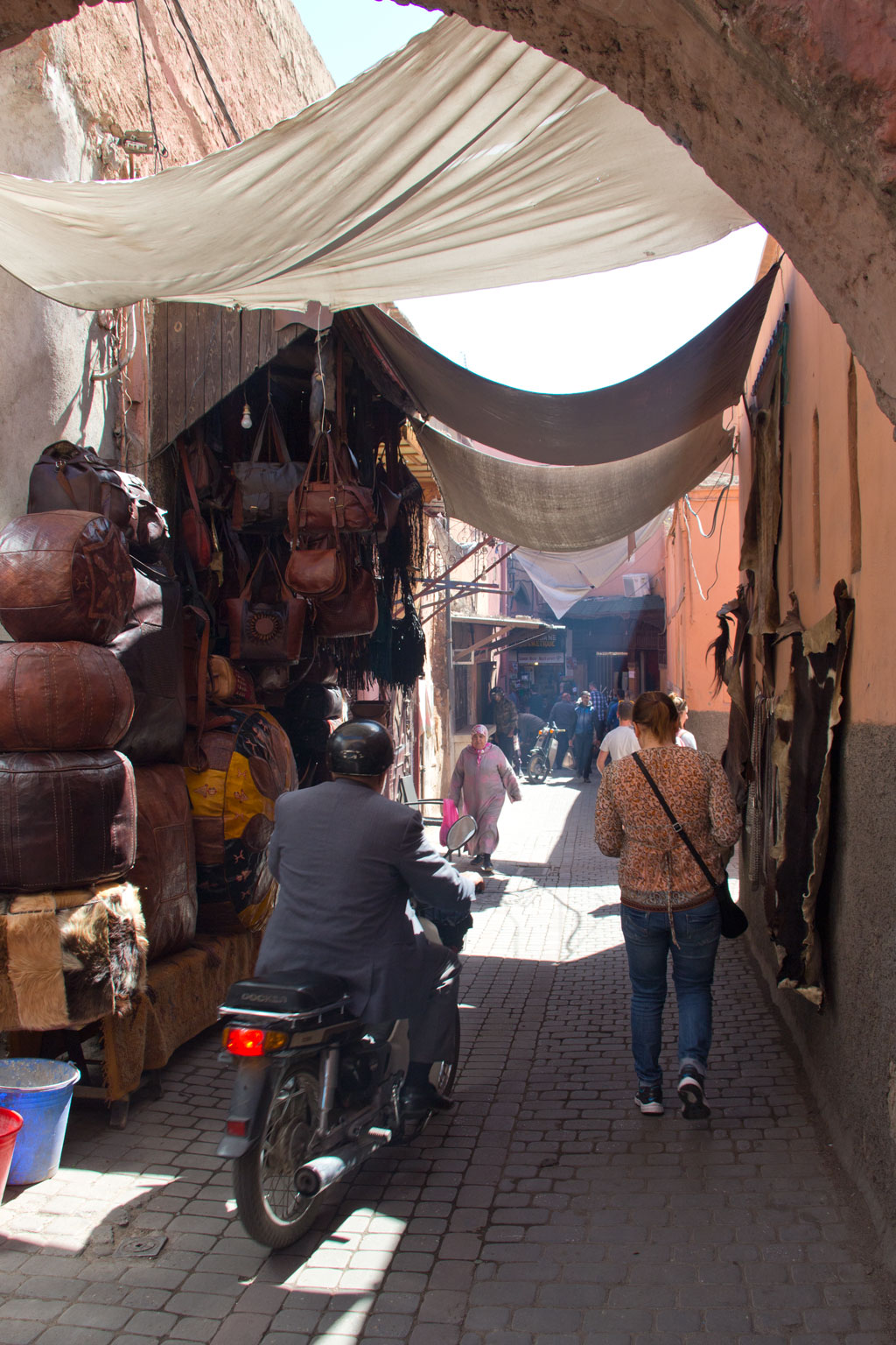 Marokko Trip – Marrakesch – Gassen in der Medina | SOMEWHERE ELSE