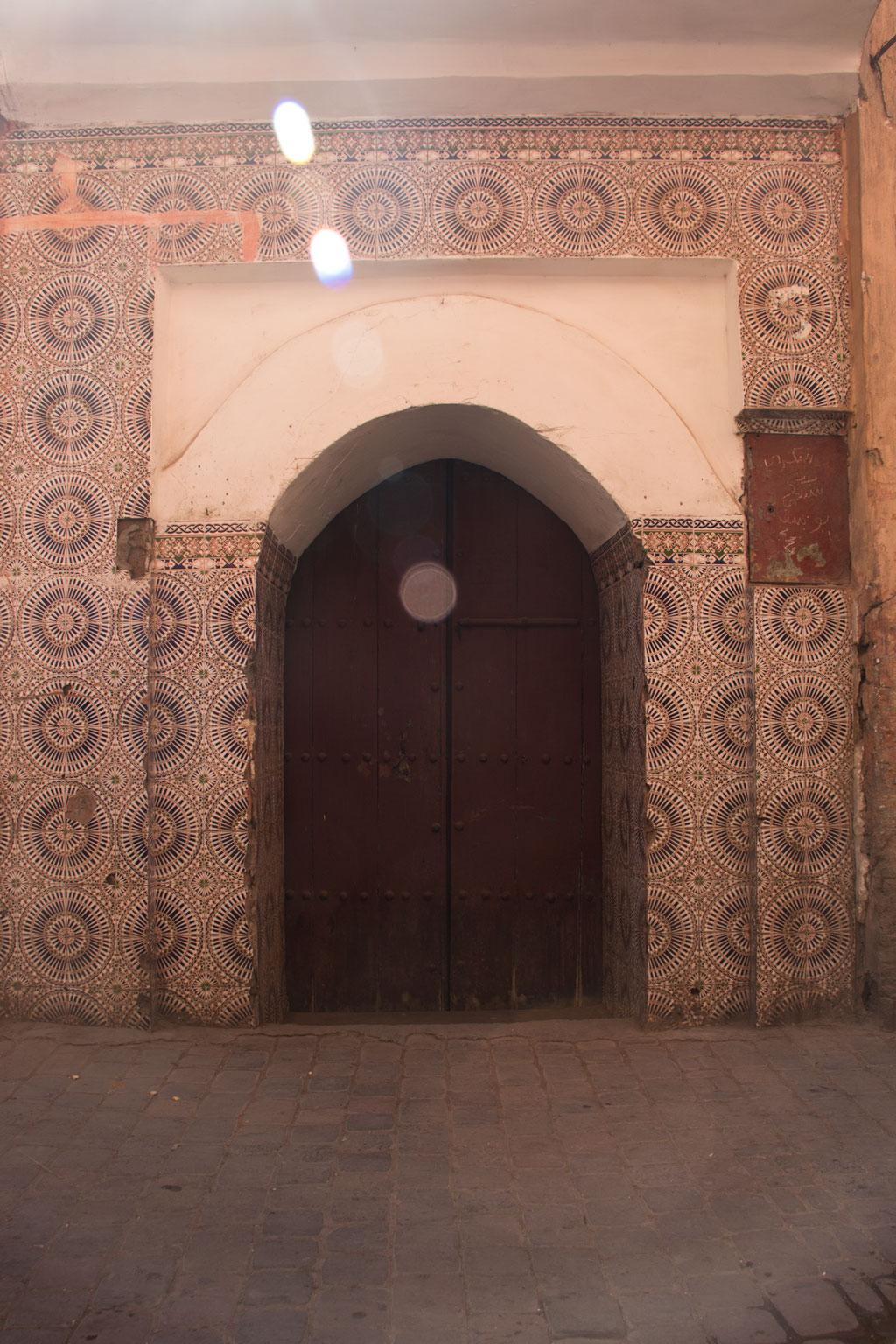 Marokko Trip –Marrakesch –Tür in der Medina |SOMEWHERE ELSE