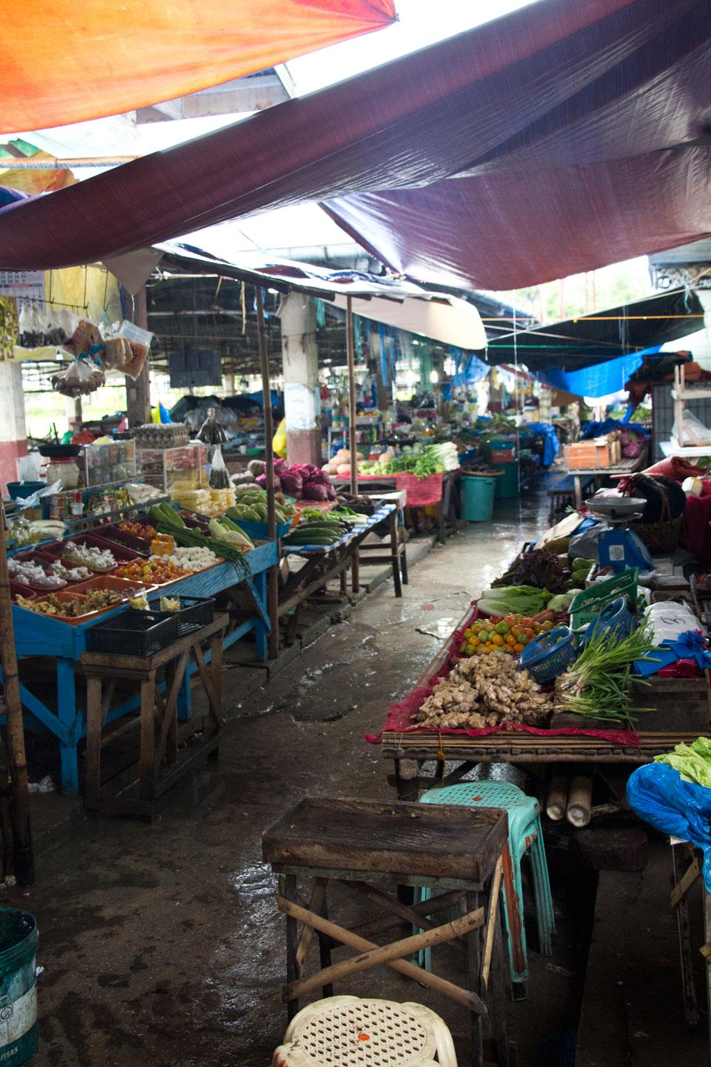 Philippinische Inseln – Markt in Loay | SOMEWHERE ELSE