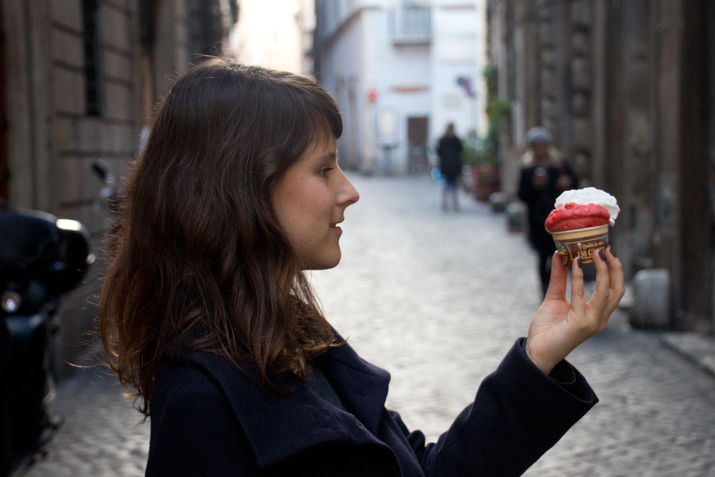 Italienisches Eis – Gelateria della Palma – Eiscreme Erdbeere Kokos | SOMEWHERE ELSE