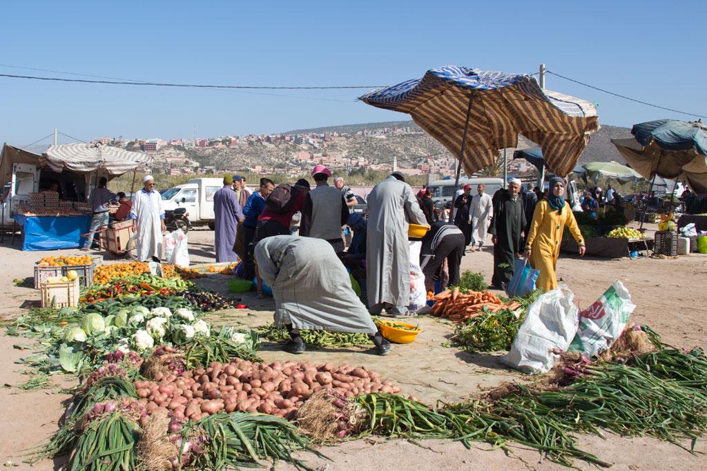 Marokkanische Gerichte – Marktszene in Aourir | SOMEWHERE ELSE