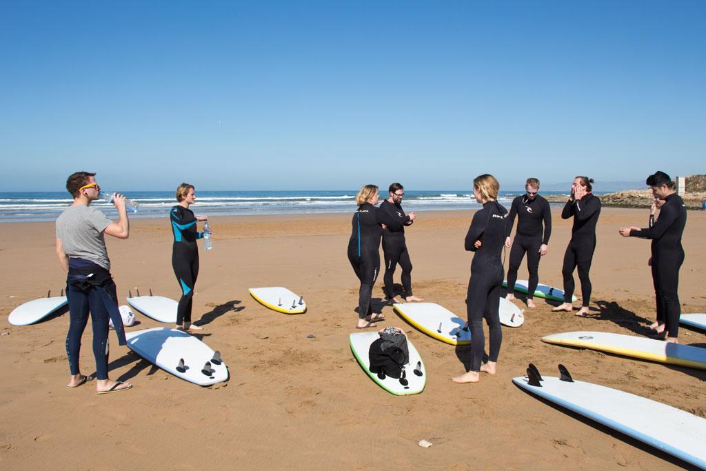 Taghazout Surfen – Vorbereitung zum Surfen am Spot Anza | SOMEWHERE ELSE