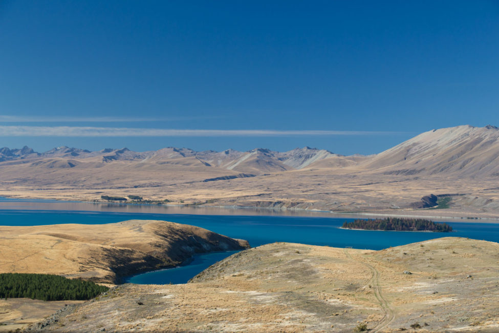 Neuseeland Südinsel Landschaften – Lake Tekapo Berge und See | SOMEWHERE ELSE