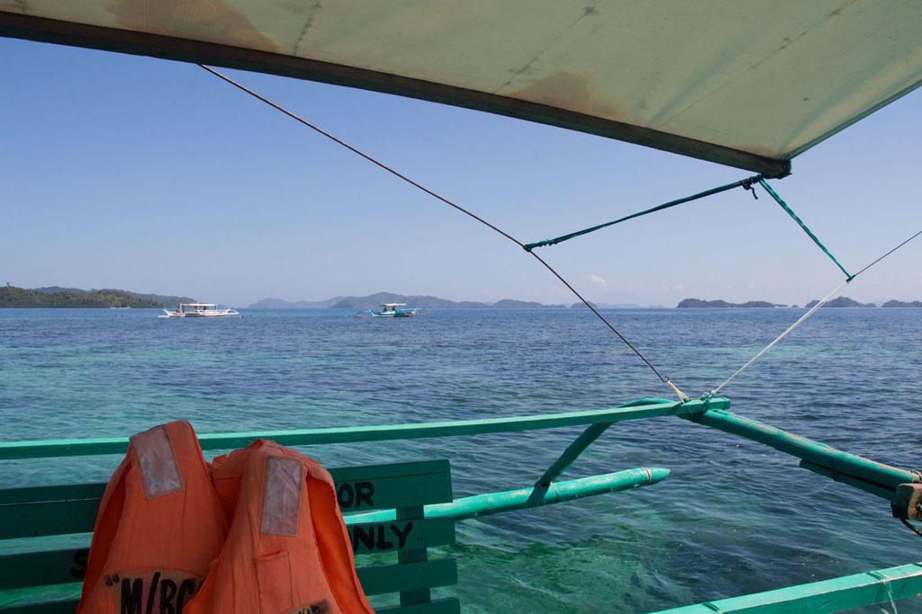 Port Barton – Bootsfahrt über das Meer zu den Inseln | SOMEWHERE ELSE