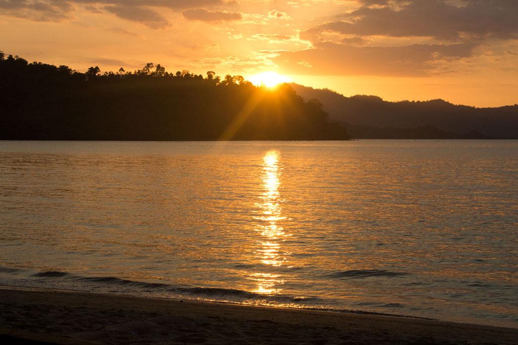 Port Barton – Sonnenuntergang am Strand | SOMEWHERE ELSE