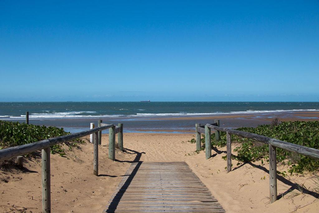 Rückblick – Australien Meerblick Strand Tannum Sands | SOMEWHERE ELSE